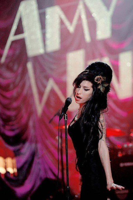Happy birthday, Amy Winehouse. The English singer would have turned 35 today.