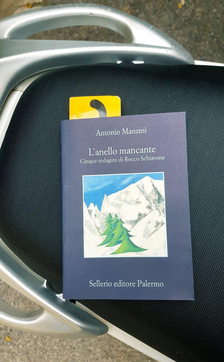 """""""Lui di montagna ne sapeva poco o niente, non riusciva ancora a convincersi che fosse un luogo dove passare le vacanze""""#leggo #Manzini #RoccoSchiavone  - Ukustom"""