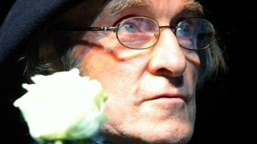ADDIO A GUIDO #CERONETTIGrande scrittore, pensatore, saggista e poeta. Aveva 91 anni e viveva a Cetona.Arguzia, delicatezza e sensibilità hanno caratterizzato al sua produzione.  - Ukustom