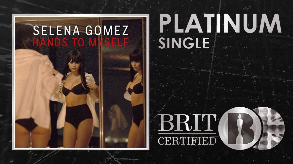 👐 @selenagomezs absolute bop Hands To Myself has just been #BRITcertified Platinum! 🇬🇧💿