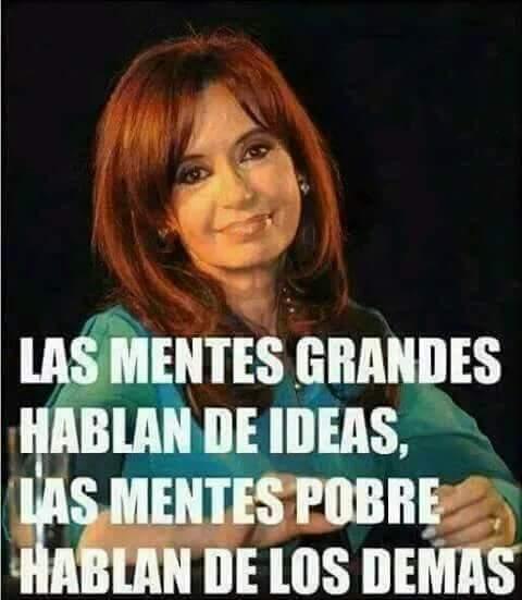 Hoy es viernes y yo pongo la foto de mi esperanza, vos @CFKArgentina #PongamosUnaFotoDeCFK ❤️✌️🐧 Foto
