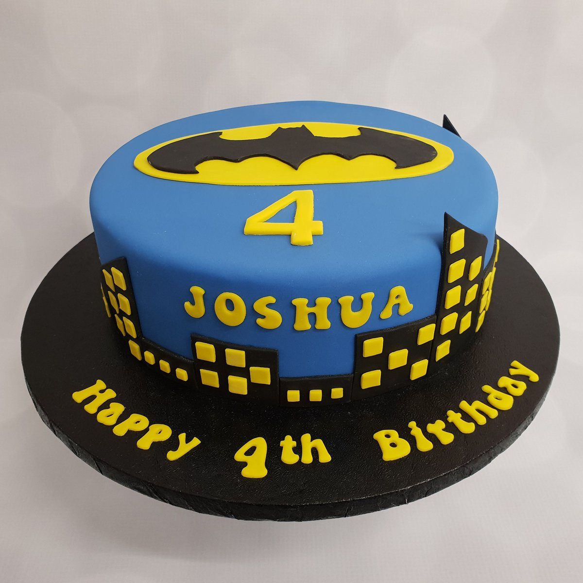 Terrific Swirlytop Cakes On Twitter Batman Themed Cake For A Little Boys Funny Birthday Cards Online Sheoxdamsfinfo