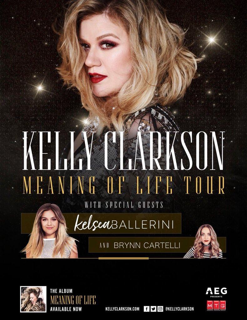 Kelsea Ballerini's photo on Kelly Clarkson