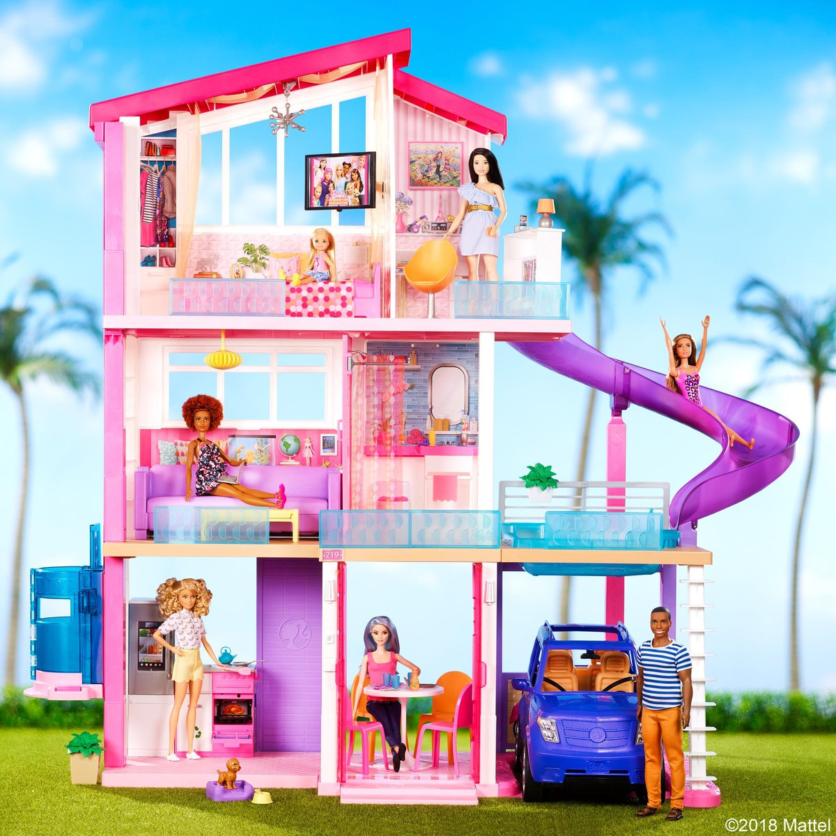 Barbie On Twitter It S Moving Day And Everyone Can Come Over