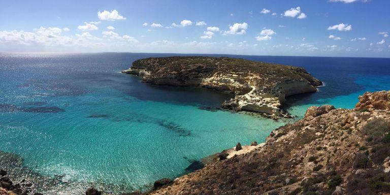 #Vacanze a #settembre? Scegli la #Sicilia o isole come #Pantelleria e #Lampedusa che in questo periodi si presentano ancora splendide e molto calde.Raggiungi le #isole in #traghetto, prenota su  http:// www.traghettilines.it#welcomeseptember #holiday #ferries #travel #sea  - Ukustom