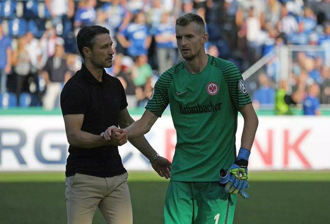 O novo goleiro do Bayer Leverkusen, Lukáš Hrádecký, recuperou de sua lesão e fará sua estreia contra o Bayern. #FCBB04 Foto