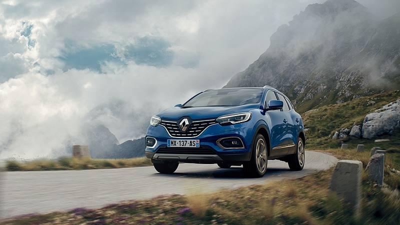 Restyling per il #suv #Renault Kadjar che si vedrà al #SalonediParigi: piccoli ritocchi estetici ma novità sotto il cofano con motori #benzina e #diesel di nuova generazione http://ow.ly/hJhO50iIKvJ@renaultitalia @Groupe_Renault  - Ukustom
