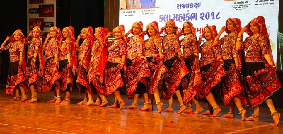 Rupani launches state level 2nd Kala  Mahakumbh – 2018 at Rajkot
