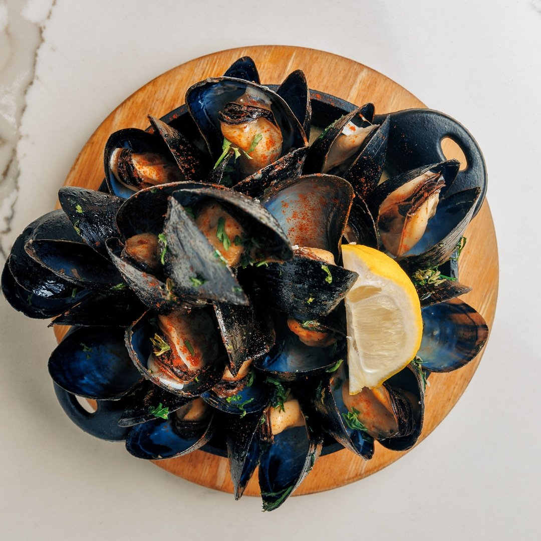 @MaraBasque: Our Mejillones al Txacoli is defined expression of art! #CoralGables #lunch #Mussels #SeaFood https://t.co/W5OjjlL1k5