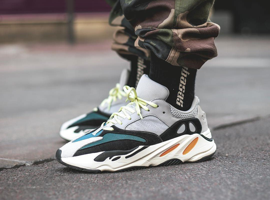 b466e687e689b ... info on how to cop the  YEEZY 700 Wave Runner  https   thesolesupplier.co.uk news how-to-cop-the-yeezy-wave-runner-700   …pic.twitter.com RJMXzKiGmg