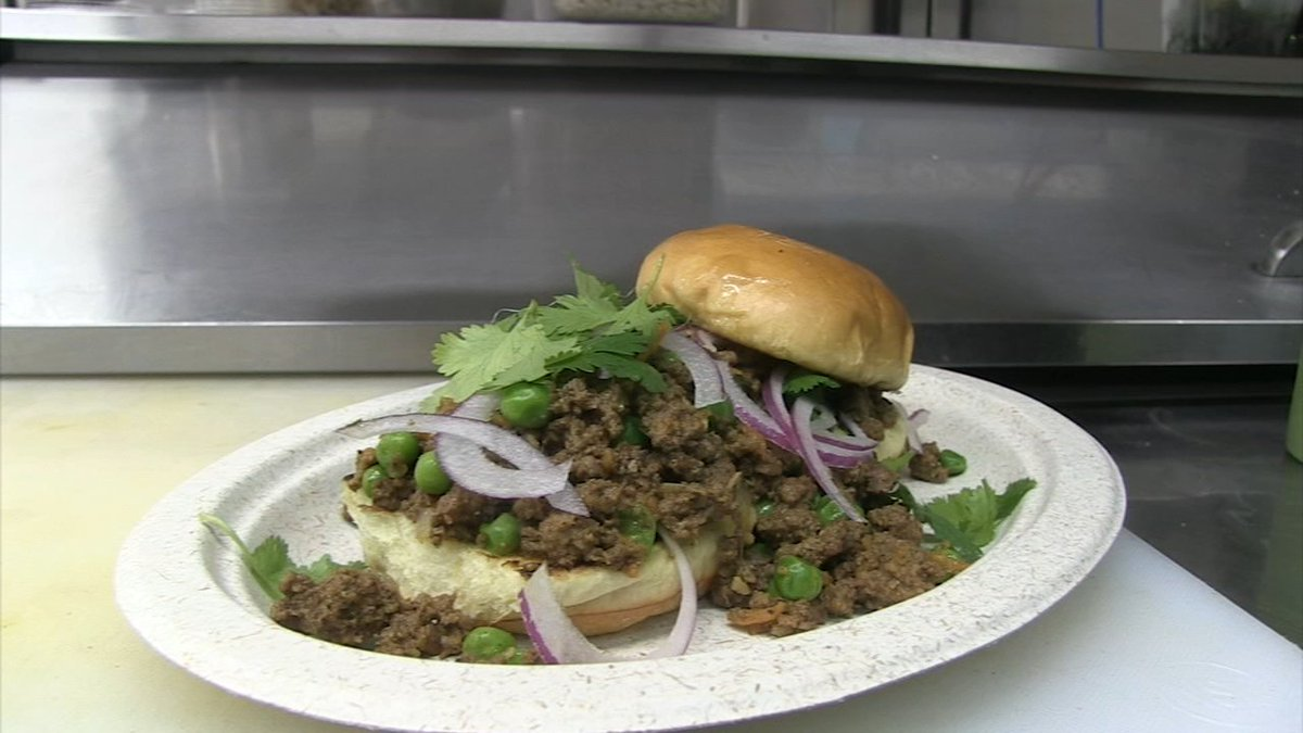 Our Hungry Hound Steve Dolinsky Offers Up Five Great Indian