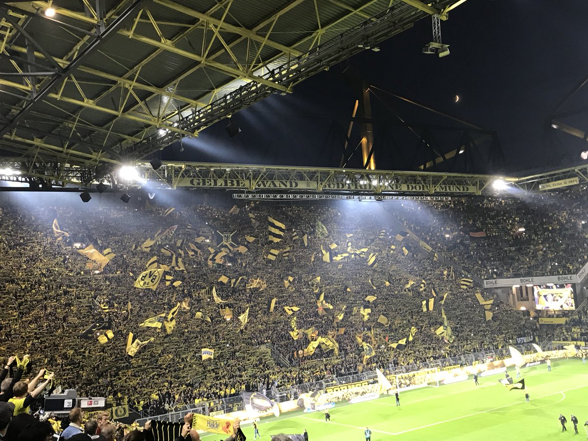 🎶 Und alle: YOU'LL NEVER WALK ALONE! 🎶 #BVBSGE
