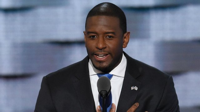 Gillum gets boost from nation's biggest environmental group hill.cm/el2IGCW