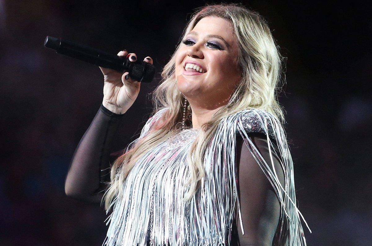 billboard's photo on Kelly Clarkson