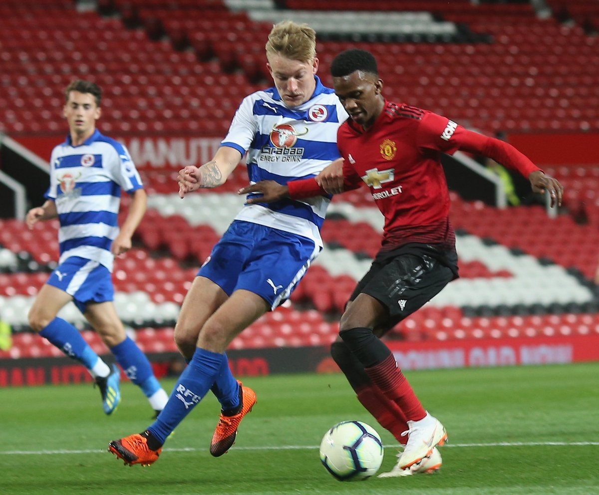 #MUAcademy U23s: FT - #MUFC 1 Reading 1. Josh Bohui's 66th-minute strike from Zak Dearnley's low cross earns a point for the Reds at Old Trafford. Diogo Dalot completed 90 minutes, Marcos Rojo played for 55.