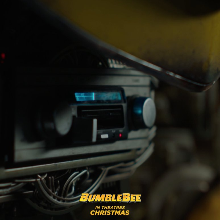#InThe80sWe used cassette tapes for our rick-rolls. #BumblebeeMovie