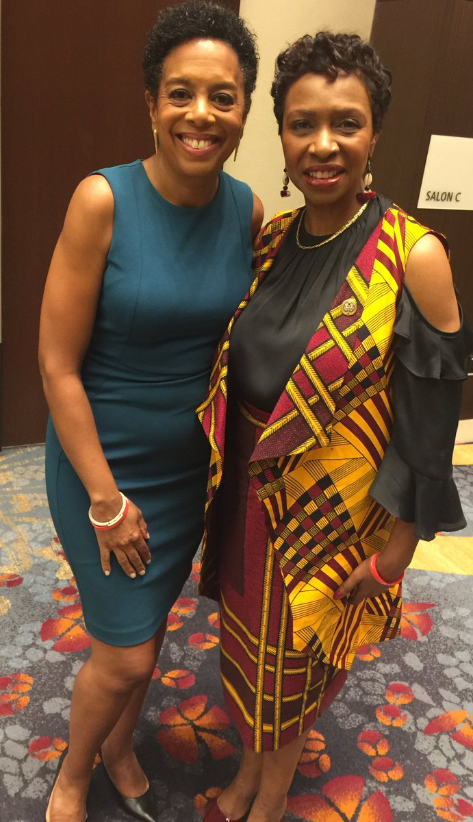 Sharon Epperson A Twitter Running Into Repyvetteclarke One Of The Strongest Advocates For Increased Government Funding For Brain Aneurysm Research Absolutely Made My Day So Inspired By Blackwomensagenda Events At Cbcfinc Conference