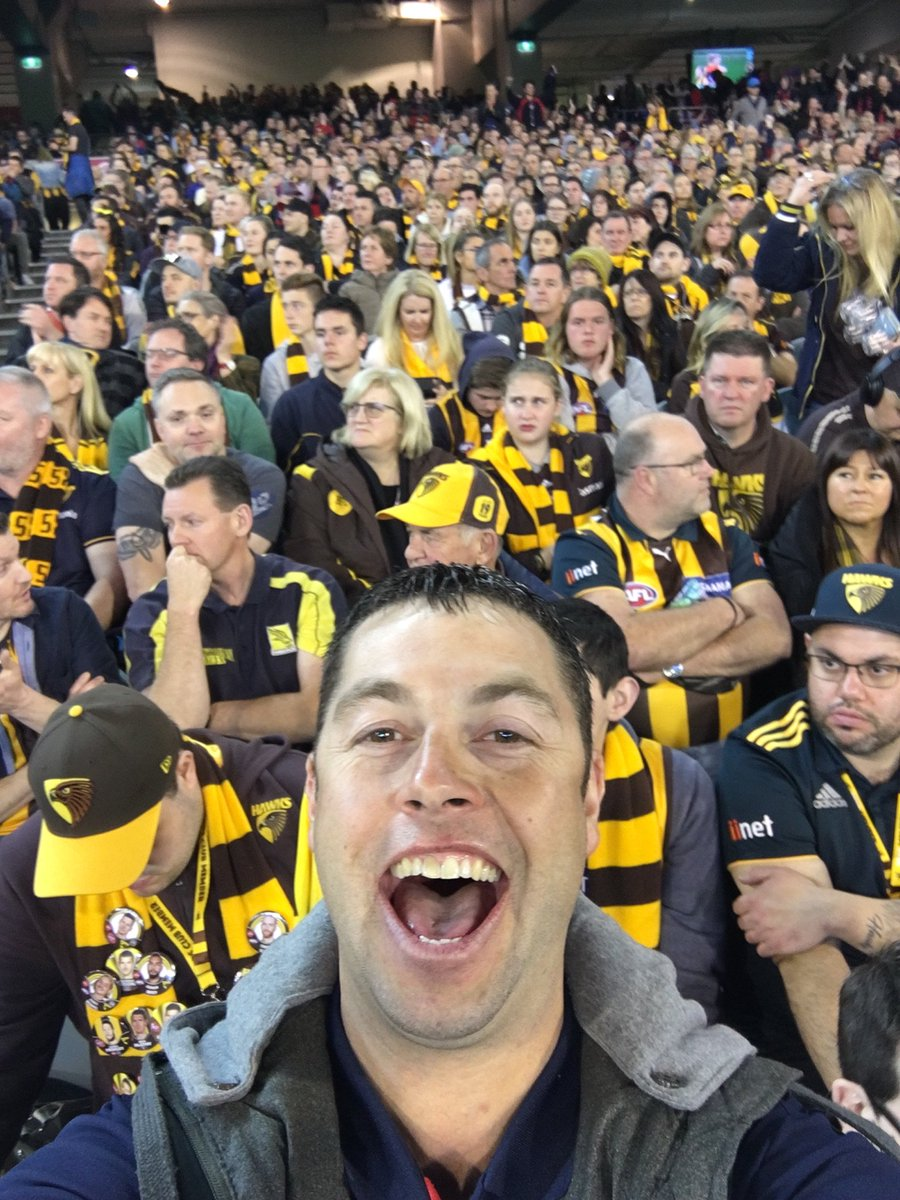 Listener Michael migrated to Australia from Ireland a decade ago and took on @melbournefc as his team...  He looked pretty happy with that choice last night at the MCG #AFLHawksDees @lehmo23 @angelapippos<br>http://pic.twitter.com/ExhrZpItq5