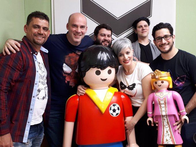 Terminó otro fabuloso #ACCnightShow Gracias Federico Turano, Juan Dethloff, Zoe y Gonzalo por visitarnos. ¡HASTA LA PRÓXIMA! 😁 Foto