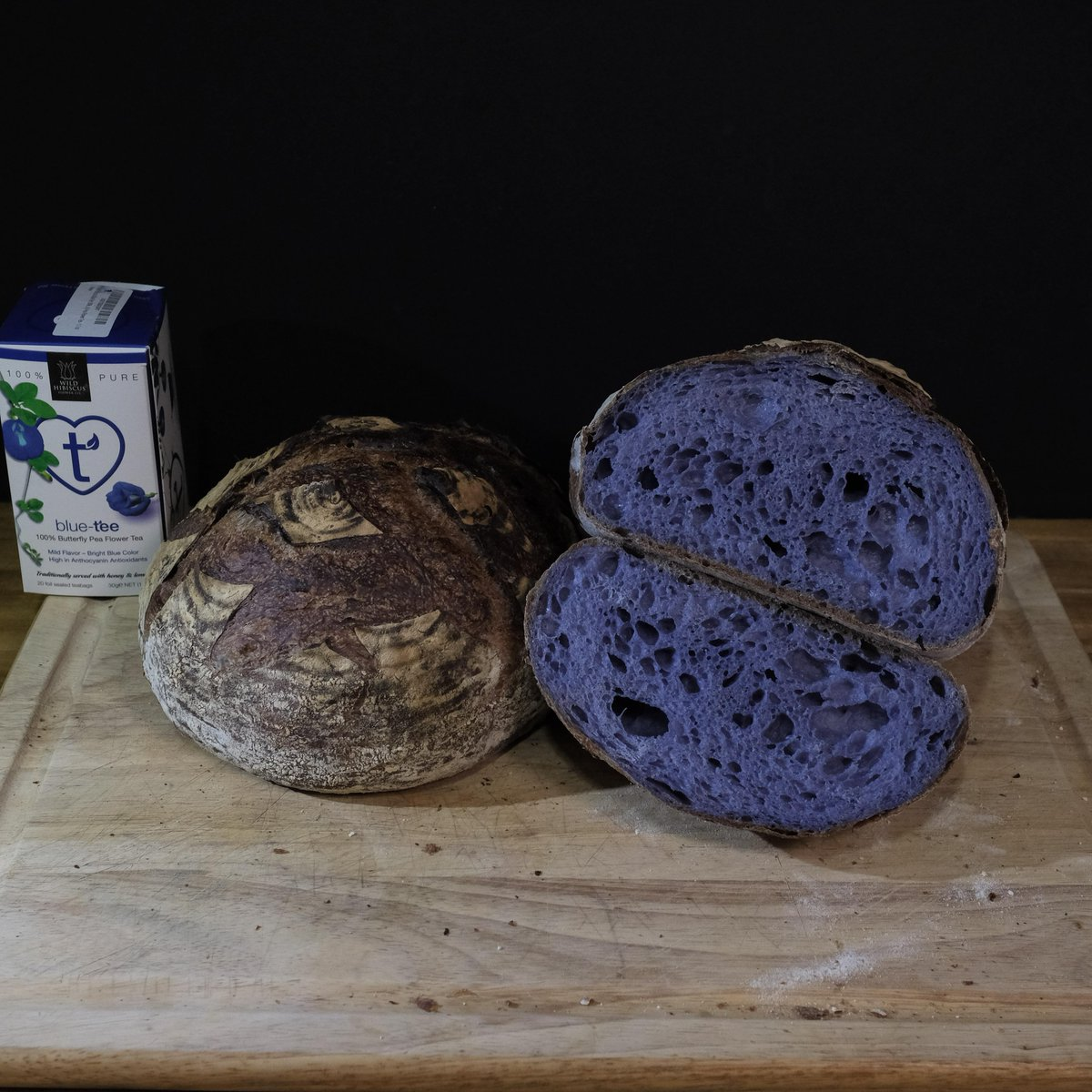 Butterfly Pea Flower Tea Sourdough - No added taste just color. #food #foodporn #yummy #pizza https://t.co/oI3I6kClN1