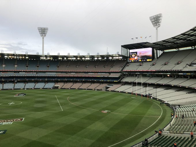 The calm before the 🌩 #AFLFinals #AFLPiesGiants Photo