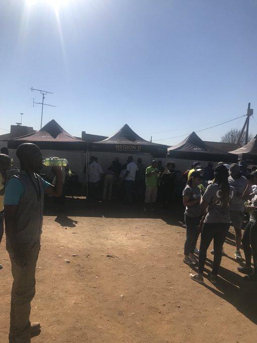 Sesifikile it's registration time where are you? We are at Crossroads in Jabavu Woza nawe #BeTheGeneration #AreSebetseng Photo