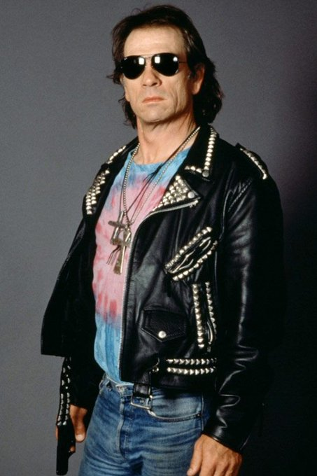 Happy 72nd birthday to Tommy Lee Jones!