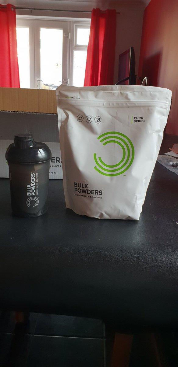 Matt Long Actor Producer On Twitter Trying A Different Product Supplier Bulkpowders For My New Intense Workout Regime An Actors Gotta Keep In Super Fit Shape So Far So Good With My First