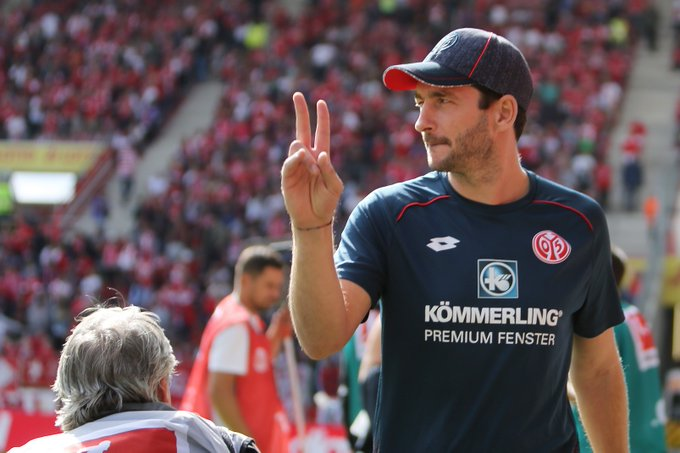 How many goals did we need to win today boss? 😉 #UpTheMainz #M05FCA Foto