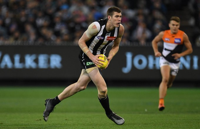 A Grand Final has a much bigger ring to it than a Superbowl. 🇺🇸 Proud parents of Mason Cox, @philcox18 and Jeanette joined Footy Nightline from Texas after the game » #AFLPiesGiants Photo