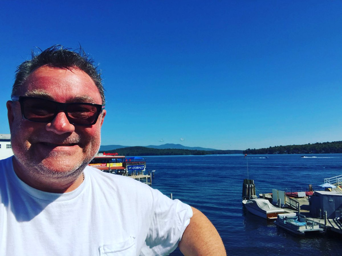 A wonderful day in The Weirs! Happy weekend to you! #lakewinnipesaukee #newhampshire #weirsbeach #smilinvacationcam