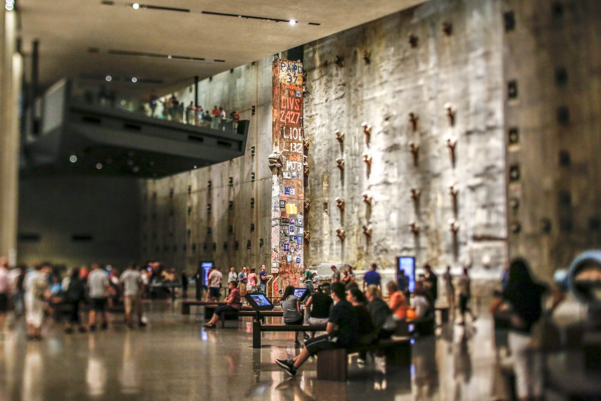 The #911Museum tells the story of 9/11. The Museum provides a link to the events of 9/11 while presenting intimate stories of loss, compassion, recovery and resilience. https://t.co/GDzsWZ96nu