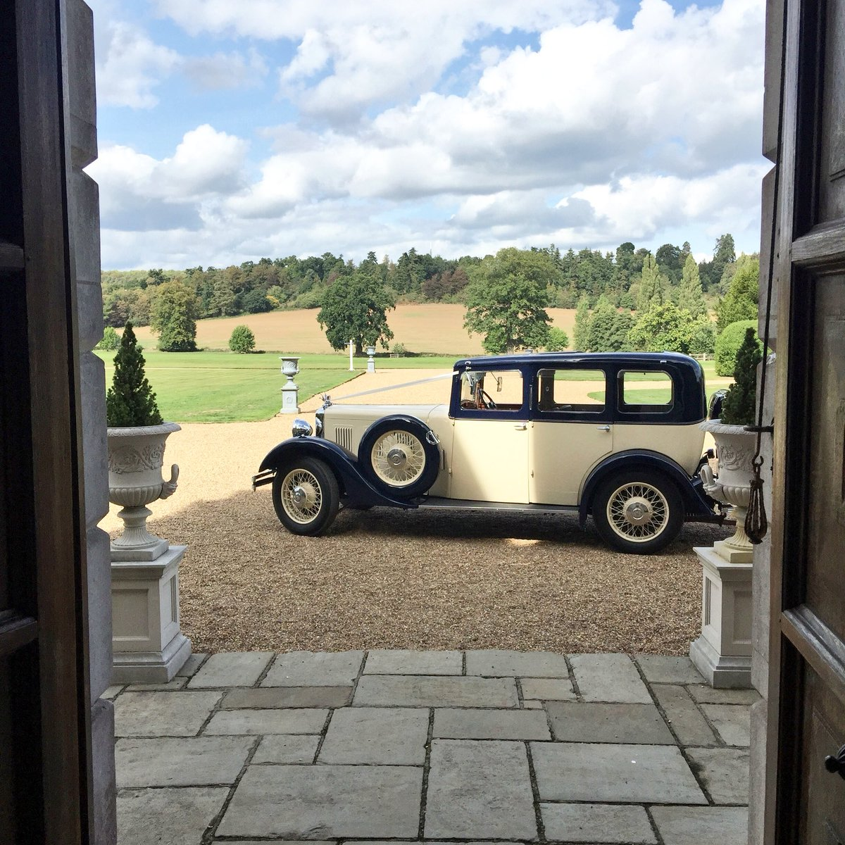 Perfect wedding weather today. This summer has been amazing. Drinks and canapés in the Walled Garden? Yes please! @Loseleyevents #wedding #gettingmarried #weddingcar #venue #brideandgroom #roomwithaview