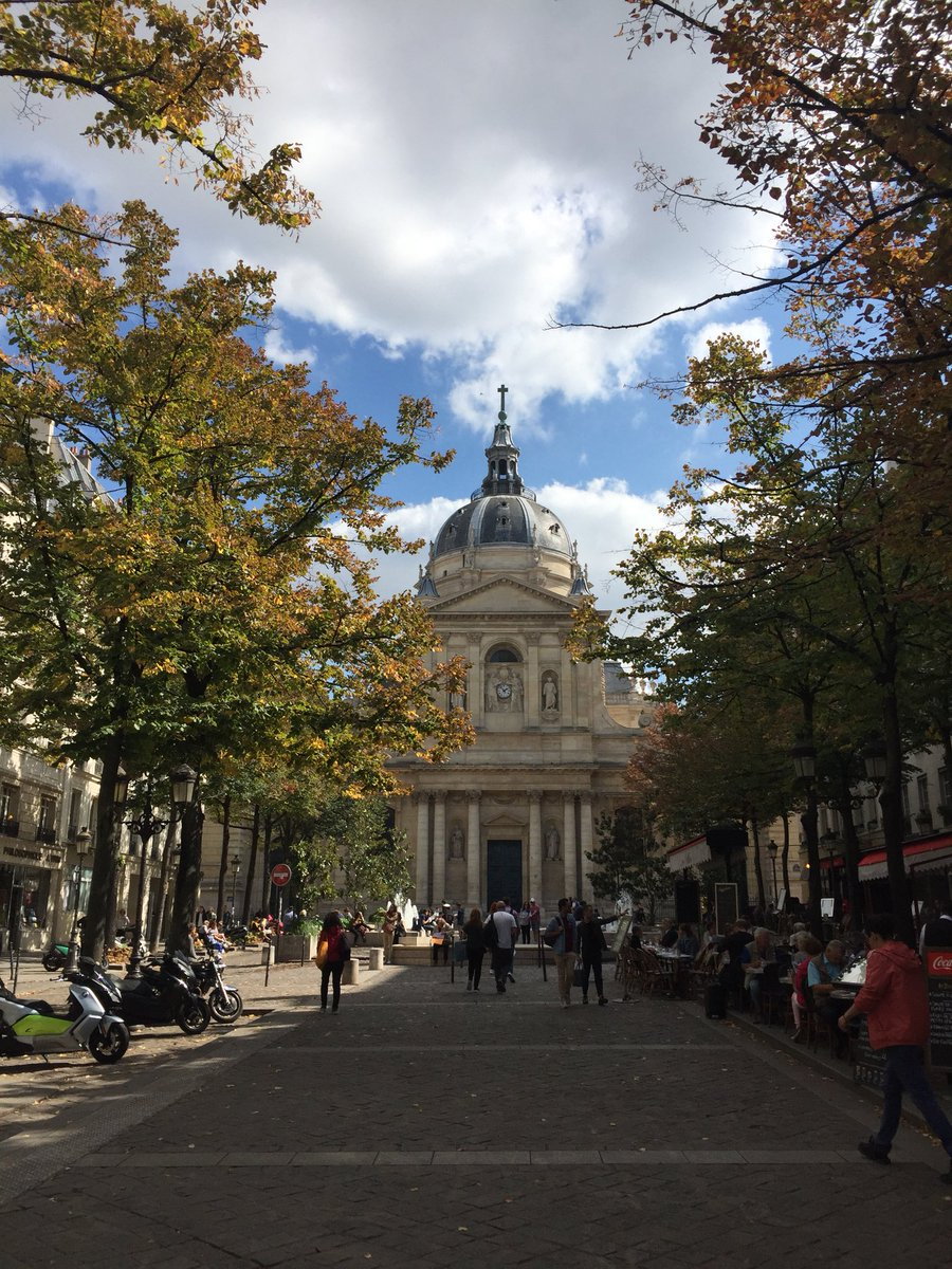 12 years ago, I was a young student spending a summer session at #LaSorbonne, an experience that inspired me to move #abroad. #expat #expatriate #paris #france #sorbonne #studyabroad<br>http://pic.twitter.com/upKzSXPkTI
