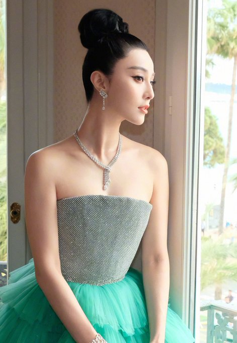 HAPPY BIRTHDAY TO THE QUEEN OF CHINA   FAN BINGBING