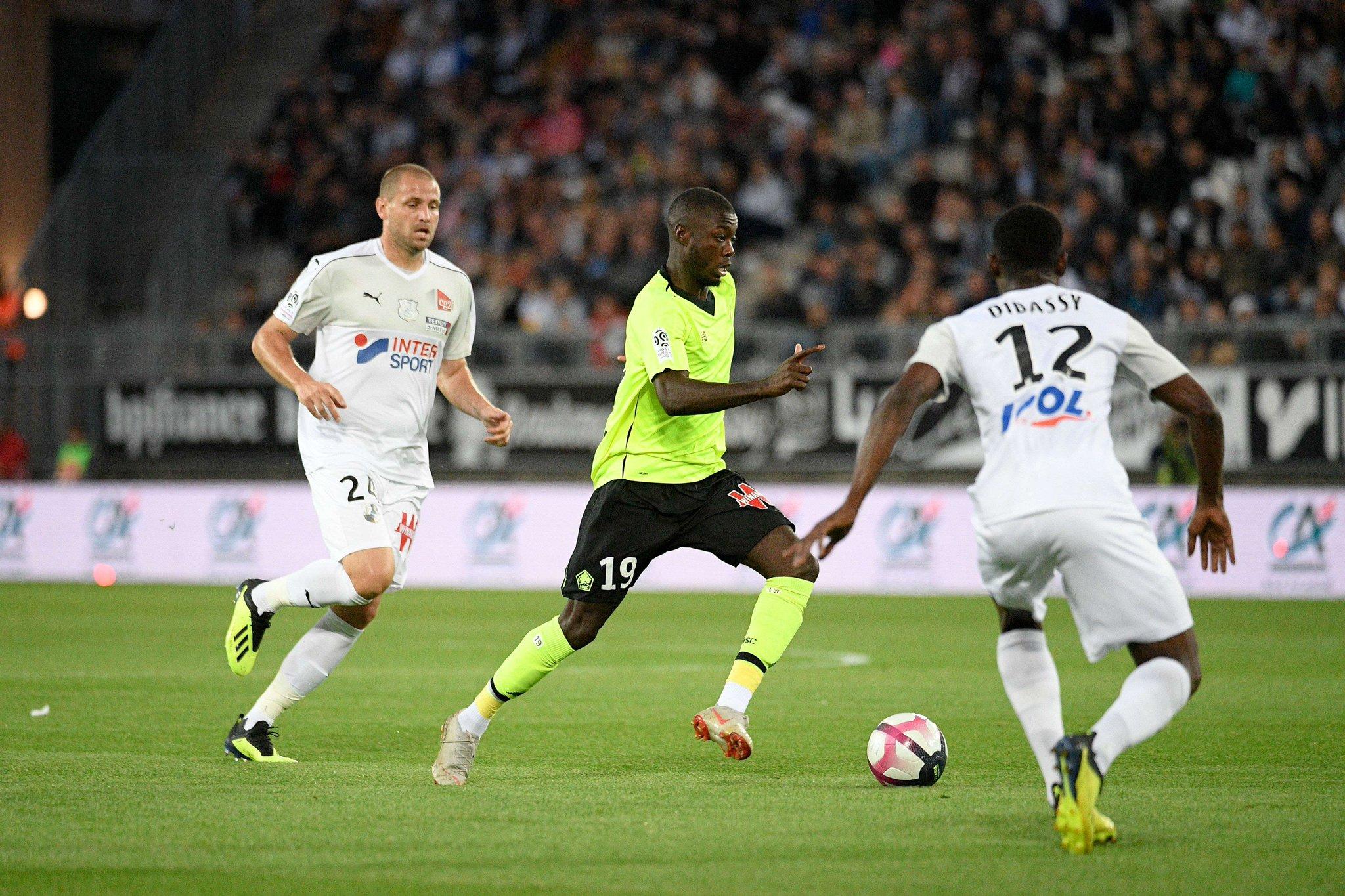 Championnat de France de football LIGUE 1 2018-2019-2020 - Page 3 DnKh9rEXsAI588M