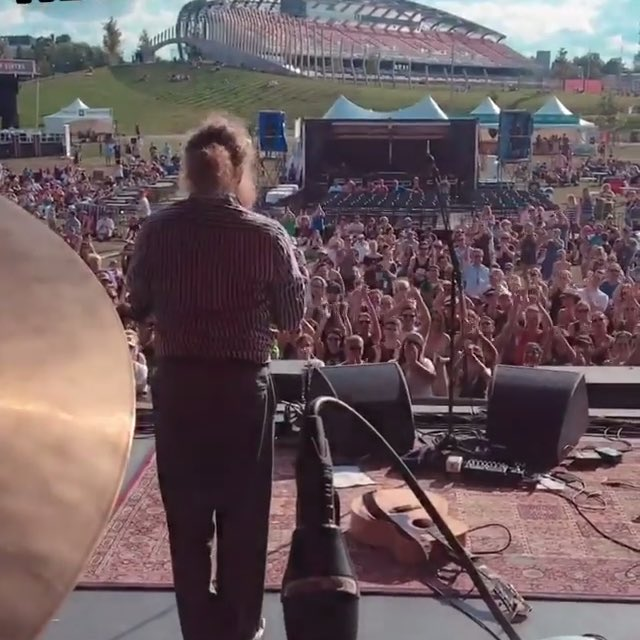 Good times at the @cityfolkfest in Ottawa! We barely made it in time, but it all worked out better than ok! Now off to Hamilton for @supercrawl and then the Euro Tour begins. Photo