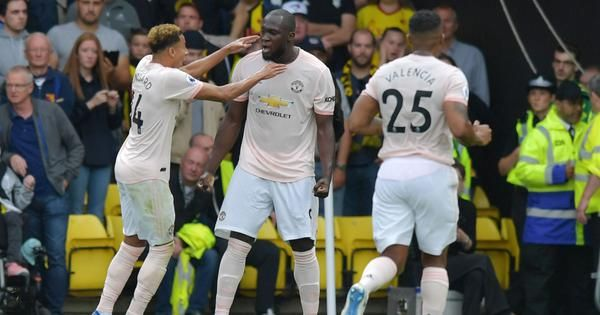 Romelu Lukaku and Chris Smalling's first-half goals give United 2-1 win over Watford (via @thefield_in Photo