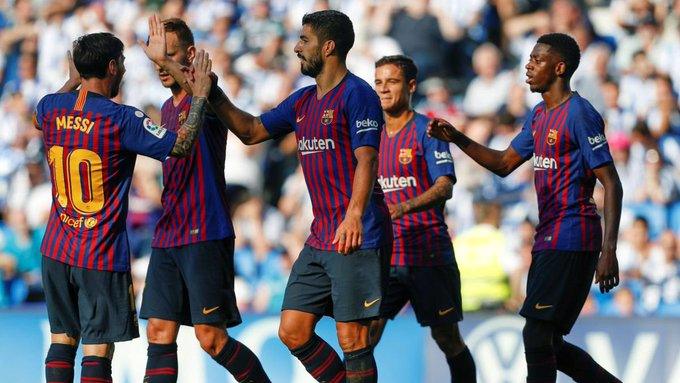 Earlier yesterday, Luis Suárez and Ousmane Dembélé goals saw Barcelona come from behind to edge Real Sociedad at the new-look Anoeta, leaving the Blaugrana two points clear of Real Madrid at the top of #LaLiga Foto