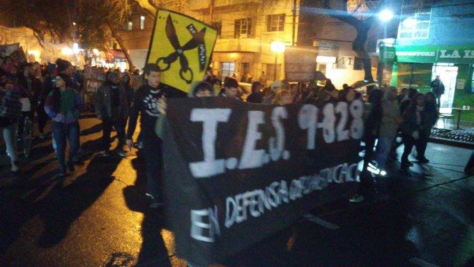 #LaNocheDeLosLápices hoy l@s estudiantes siguen gritando las mismas consignas. La de una educación gratuita, laica y popular Foto