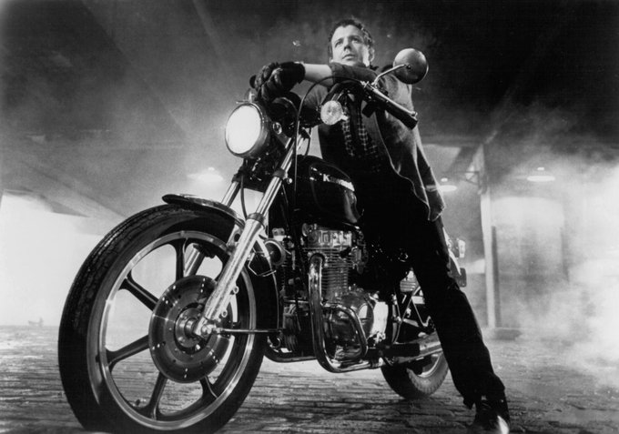 Happy birthday to Mickey Rourke. Photo from Rumble Fish, 1983.