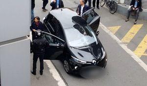 #journéesansvoiture Alors que vous donnez des leçons de morale, croyez-vous être vous-même exemplaire hypocrisie de @Anne_Hidalgo Voici sa voiture Photo