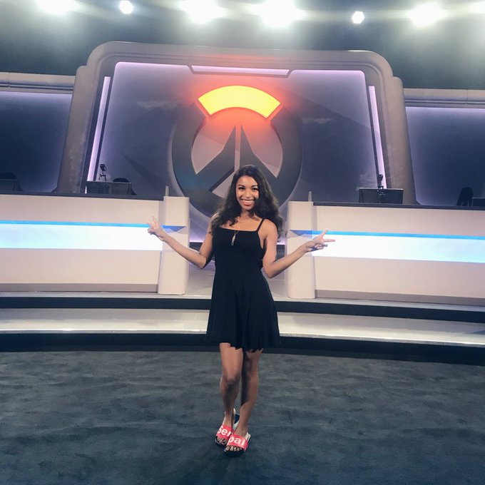 That's it for me in Thailand! Thank you to the incredible Overwatch community for being so loving and thank you to my phenomenal fellow talent for such a fun #OWWC2018 🖤🧡🖤🧡 Photo