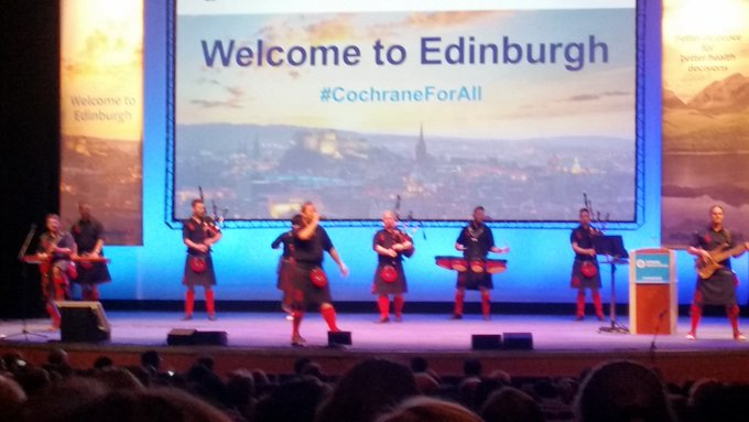 The @chillipipers are giving everyone at the @cochranecollab colloquium a warm welcome to Scotland. Braw job lads! #CochraneForAll Photo