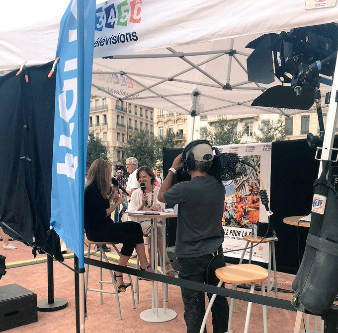 #interview de Dominique Hervieu, directrice artistique d les #biennaledeladanse en direct sur @france3 et en rediffusion ce soir ! Photo