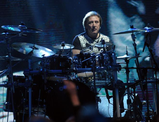 Happy Birthday Today 9/16 to legendary Small Faces/Faces/WHO drummer Kenney Jones. Rock ON!