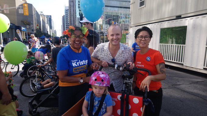#OpenStreetsTO is on until 2pm! Come out and join the fun. Bike decoration station at Yonge & Bloor. See you there! Photo