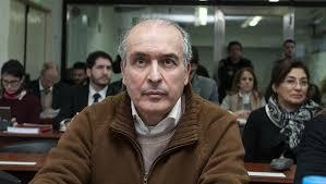 José López declaró que los bolsos con los U$S 9 millones que llevó al convento eran de Cristina Kirchner🤦🤦🤦🤦🤦🤦 Dame agua Luis 😂😂😂😂 Foto