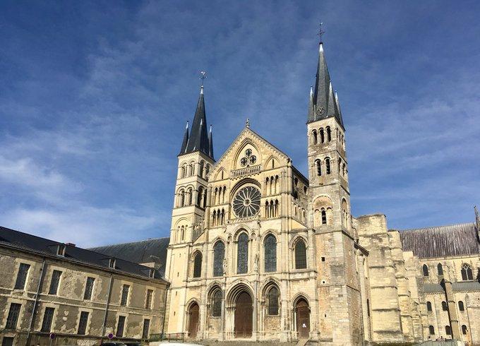 Magnifique journée pour profiter de la richesse du patrimoine de notre belle @VilledeReims. #JEP18 Photo