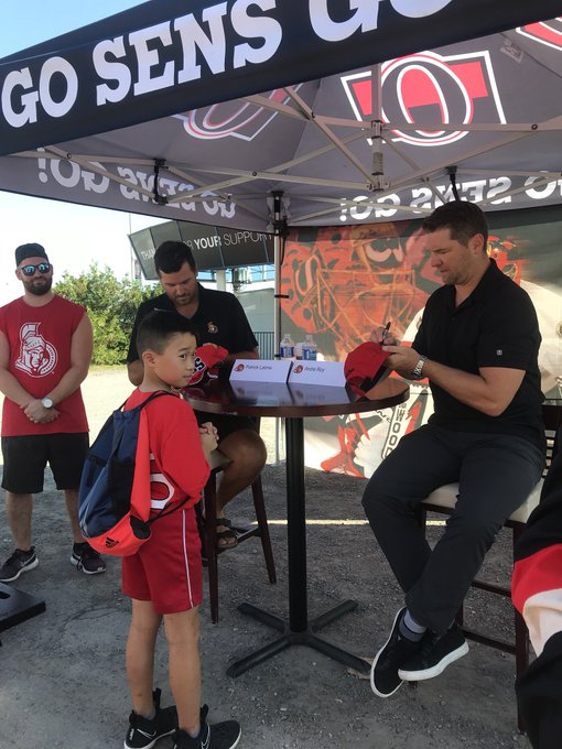 Alumni Autograph Session ft Patrick Lalime and Andre Roy #SensFanFest Photo